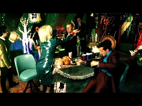 Green Day: holiday - [official Video] video