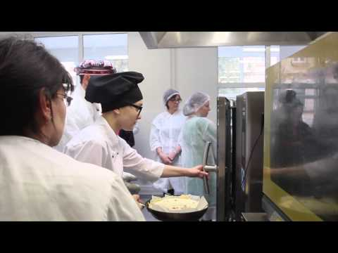Music video Making Quiche with the Jacobs during America Days in Rakvere - Music Video Muzikoo