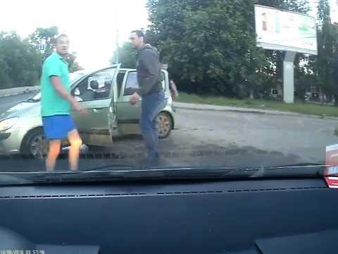 Авария на улице Должанской в Нижнем Новгороде