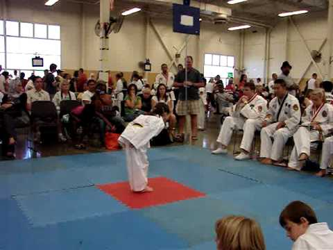 Melanie Walsh Taekwondo Sept 2009 Video