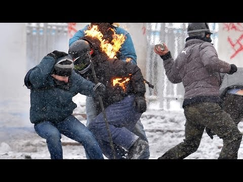 Police Snipers Shoot, Protesters Toss Firebombs As Ukraine Truce Fails