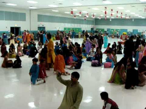 SANEDOSONEDO. Gujarati song.Live in USA during NAVRATRI.Raas...