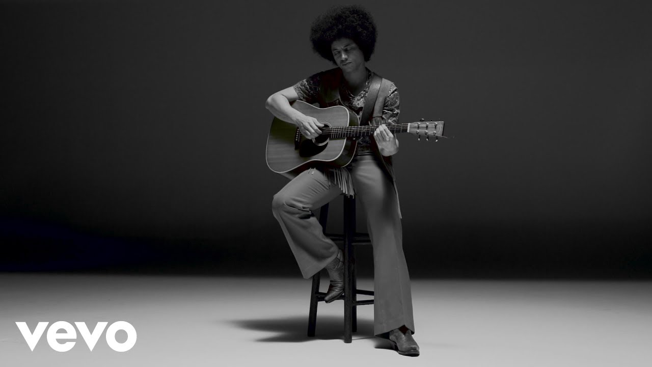 "Jose James - ""Ain't No Sunshine""のギター弾き語り映像を公開 新譜「Lean On Me」収録曲 thm Music info Clip"