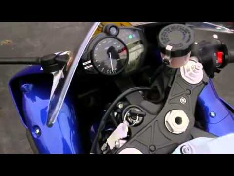 Xe moto phan khoi lon YAMAHA YZF-R1 Valentino Rossi Edition w YOSHIMURA exhaust test top speed