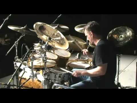 Gavin Harrison at PASIC 2008: Overriding odd meters to smooth out the groove