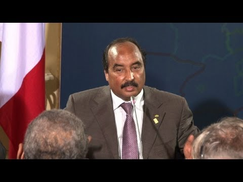 Presidente mauritano passa por cirurgia após tiro