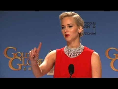 Jennifer Lawrence scolds journalist at Golden Globes