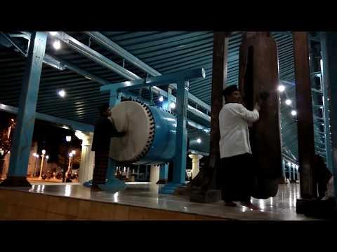 Syahdunya Bedug dan Takbir Idul Adhha 1437 H Masjid Agung Surakarta