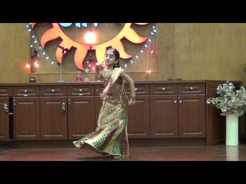 Bole Chudiyan Dance by 6 yr old Khushi Sharma