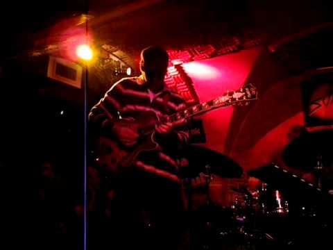 Kurt Rosenwinkel Trio - Just one of those things (live in Paris)