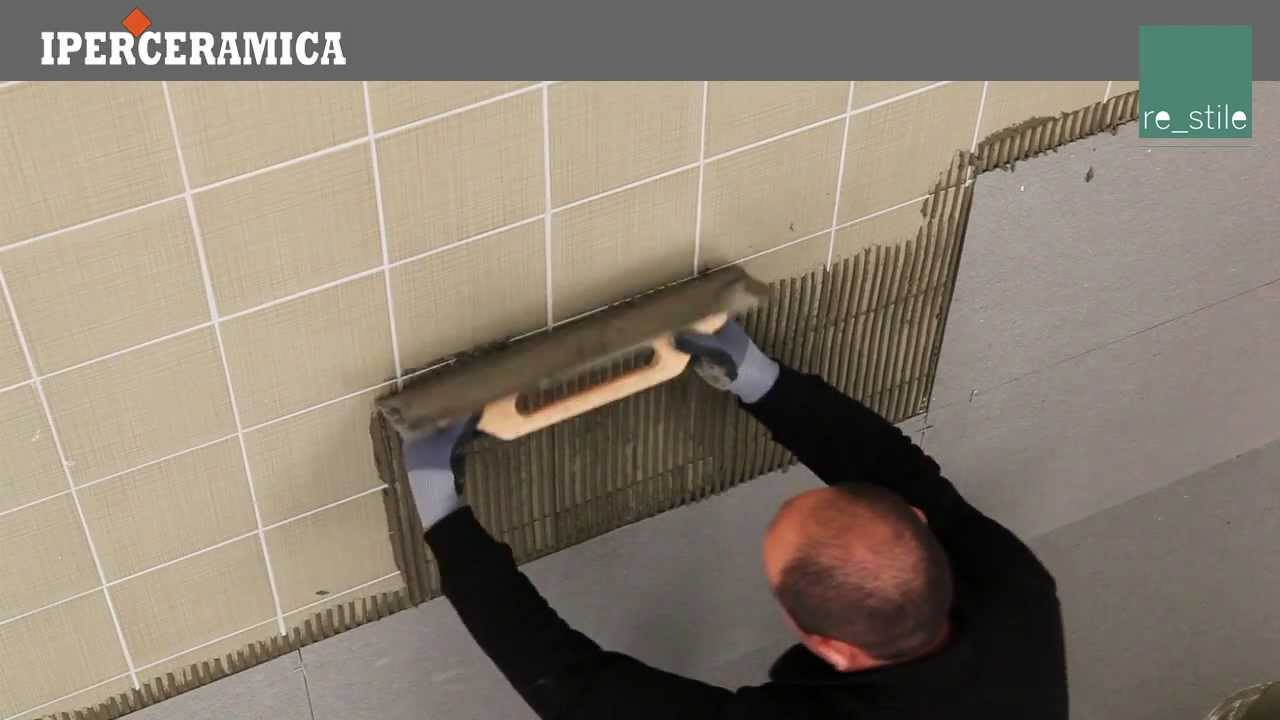Posa rivestimento gres porcellanato sottile iperceramica youtube - Posare piastrelle bagno ...