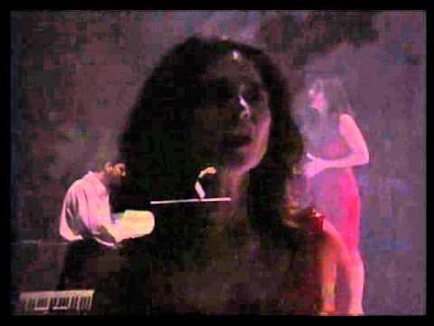 Lina Sastri - Dicitencello vuje (dal DVD Lina Rossa).wmv