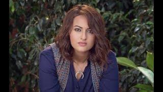 印度开挂神片:女主武力值爆表,一人轻松打败十几人