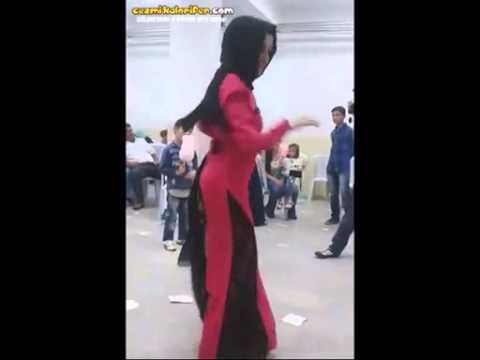 Düğünde Kopan Türbanlı Kadın video