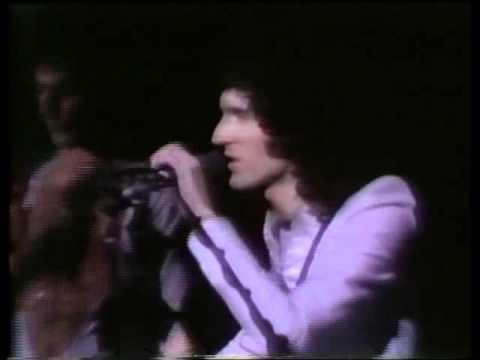 Queen-Love Of My Life-39 Live In Houston 1977