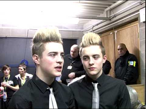 Jedward's First Interview (At Staffordshire University) After X Factor 2009 Final!
