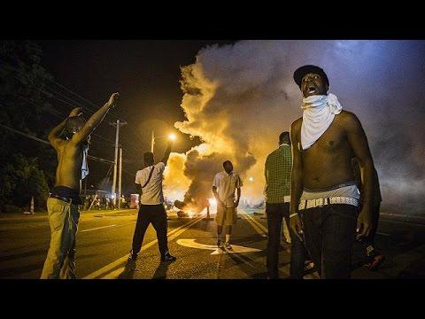USA: nouvelle nuit de violence à Ferguson malgré le renfort militaire