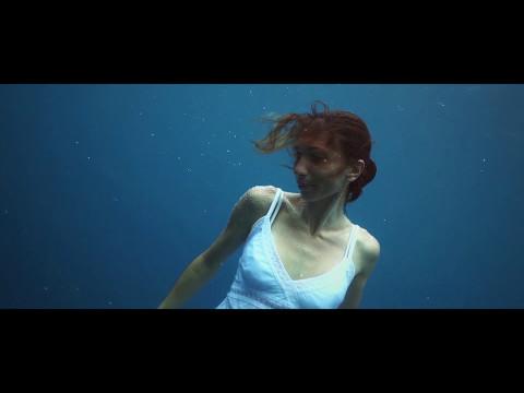 SOFI TUKKER - Moon Tattoo (Lyric Video)