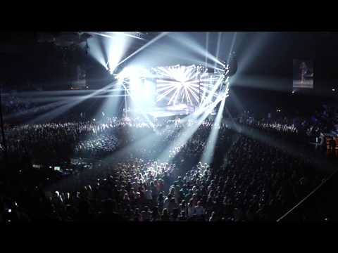 Carrie Underwood Blown Away Tour: LIVE DVD Trailer