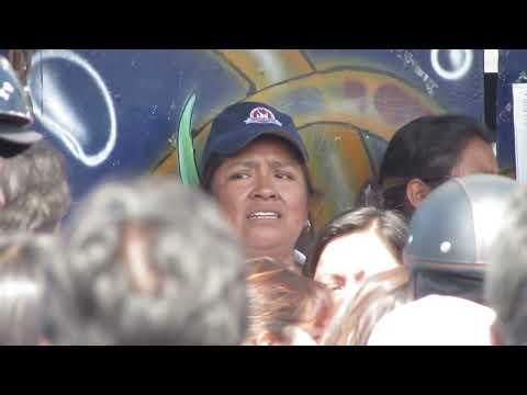 Toma violenta para abrir las escuelas de San Gregorio Atlapulco