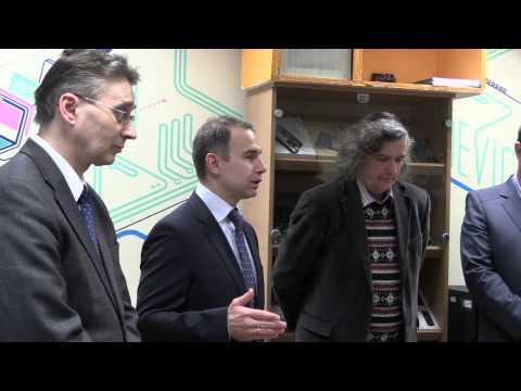 Vilniaus universiteto Fizikos fakultete atidaryta M2M laboratorija