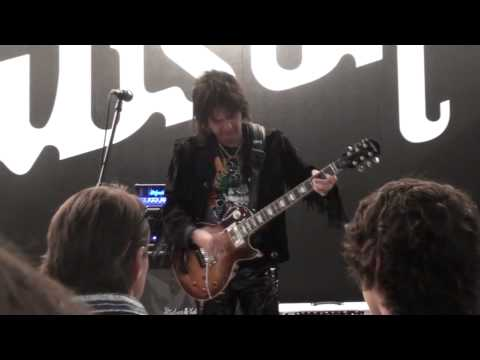 Kee Marcello: Rocking Gibson Frankfurt Musikmesse 2011