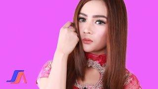 Salsiah Dimadu Diracun Official Lyric Video