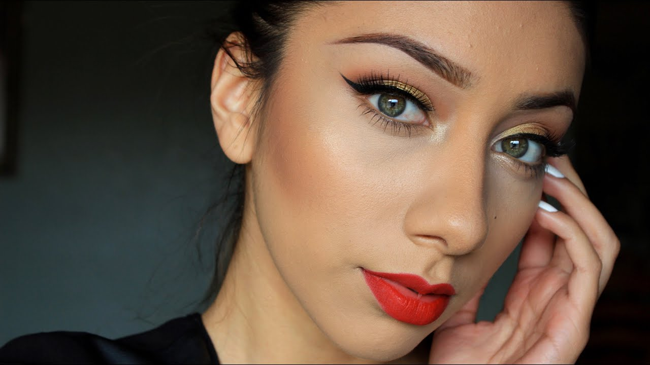 Gold Holiday Look| Ruby Woo Lipstick