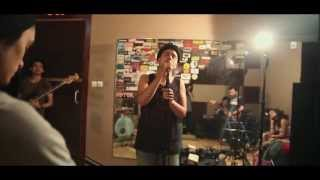 download lagu Pasukan Lima Jari - Yang Terlupakan Iwan Fals Cover gratis
