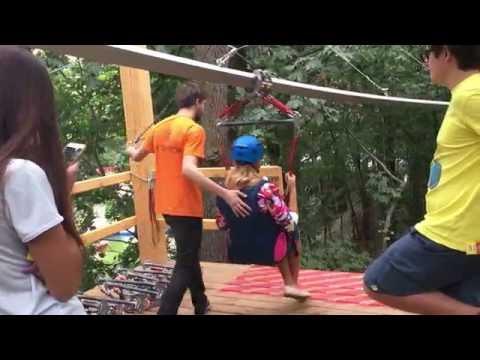 Развлечения для экстремалов - экстремальный спуск по монорельсу. Roller Coaster Zipline.