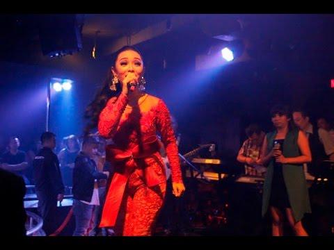 Download Lagu Zaskia - 1000 Alasan Mp3 Gratis Plus Lirik