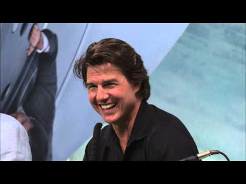 Mission Impossible 5 Rogue Nation Tokyo Press Conference - Tom Cruise, Christopher McQuarrie