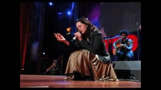 Watch Natalie Merchant The Dancing Bear video