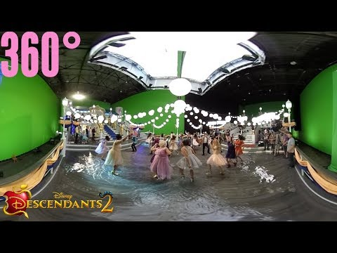 You and Me Part 2: Behind the Scenes | 360° | Descendants 2