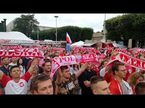 Hymn Polski W Strefie Kibica We Wrocławiu (Polska-Senegal)