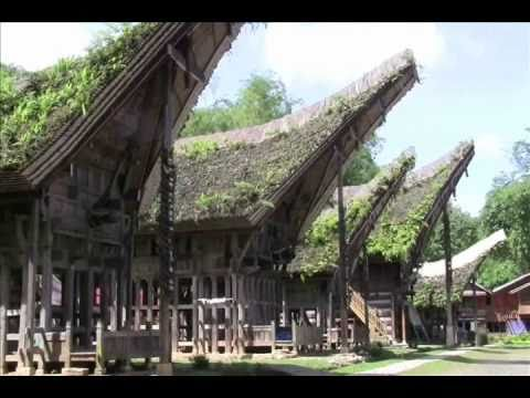 Kete Kesu - Tana Toraja Travel Guide (Tourism) - Wisata Tana Toraja - Indonesia Travel Guide