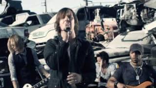 Watch Cavo Crash video