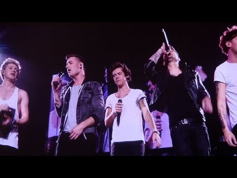 One Direction - What Makes You Beautiful  Take Me Home Tour, Sportpaleis, Antwerp video