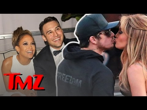 Jennifer Lopez & Casper Smart ARE BACK ON!