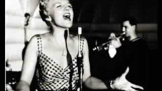 Watch Peggy Lee Aint We Got Fun video