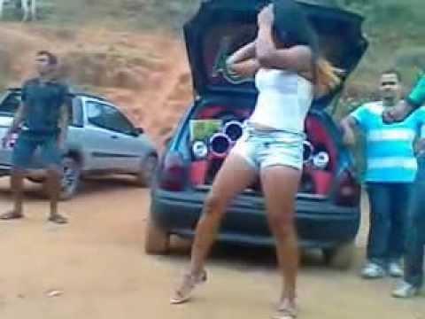 Som Massa,quase Mulher Nua Dançando No Som Altomotivo video
