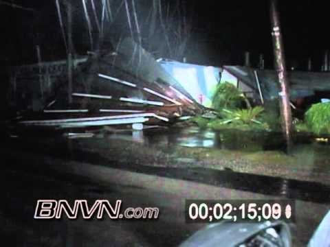 Hurricane Rita Video - Texas - 9/24/2005 Port Arthur Texas - Part 10