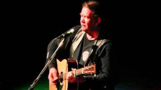 Watch Dick Gaughan The World Turned Upside Down video