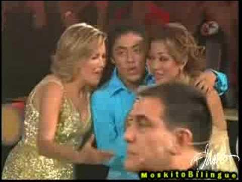 Ave Maria + Berrinche de Lupita D'alessio