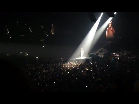 Justin Bieber le pidió a sus fanáticas que dejen de gritar y fue abucheado en pleno concierto