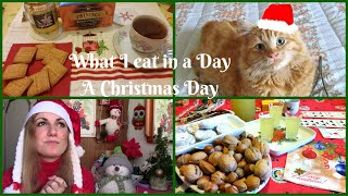 WHAT I EAT IN A DAY ...A CHRISTMAS DAY | Cosa Mangio In Un Giorno di... NATALE