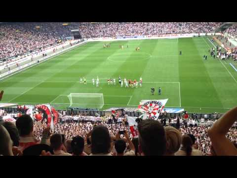 VFB Stuttgart v HSV Hamburg - Post-game atmosphere