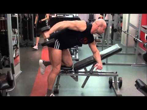 Комплекс упражнений с гантелями. Тренировка спины и трицепса дома и в зале.