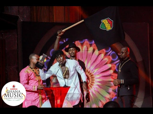 Stonebwoy - Performance @ Vodafone Ghana Music Awards | GhanaMusic.com Video