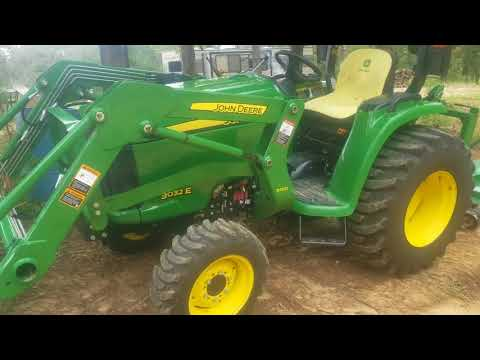 John Deere 3032E quick look
